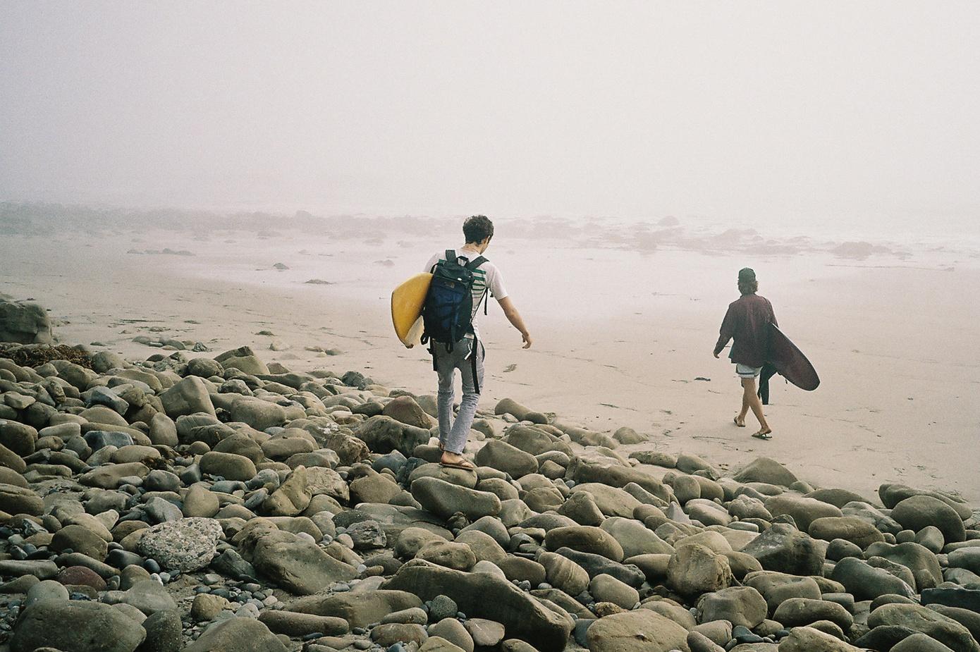 simon_weller_lifestyle_surfing
