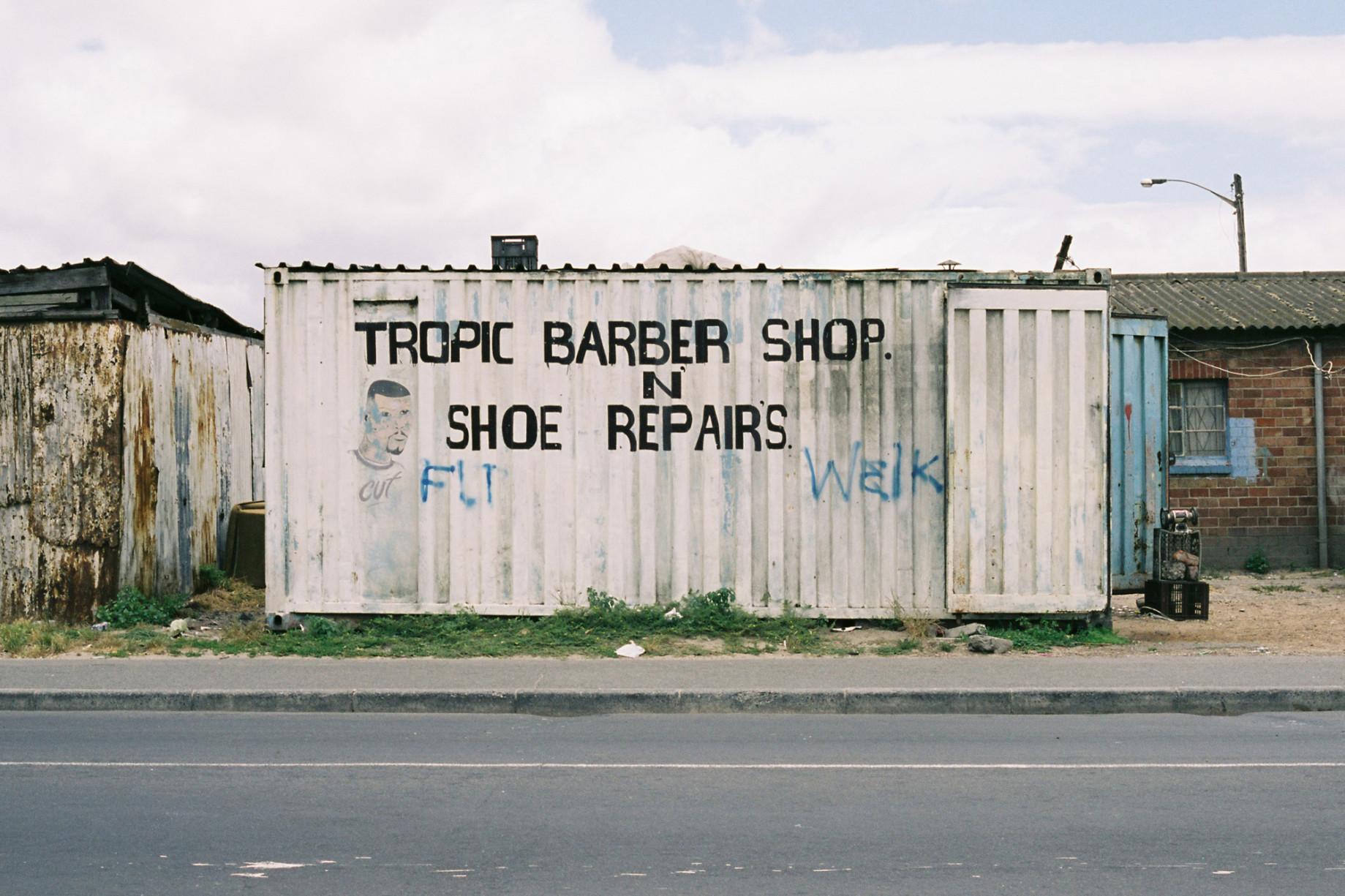simonweller-barbershops-gugulethu2