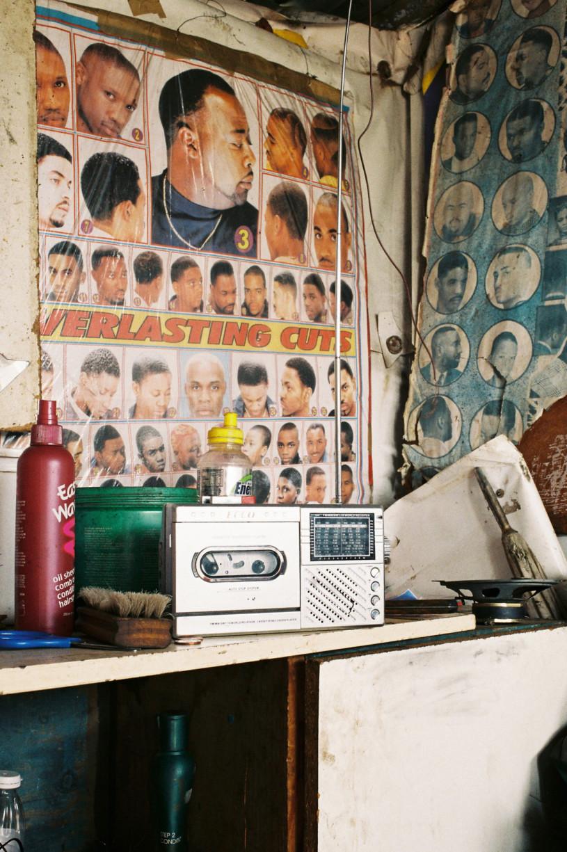 simonweller-barbershops-soweto5