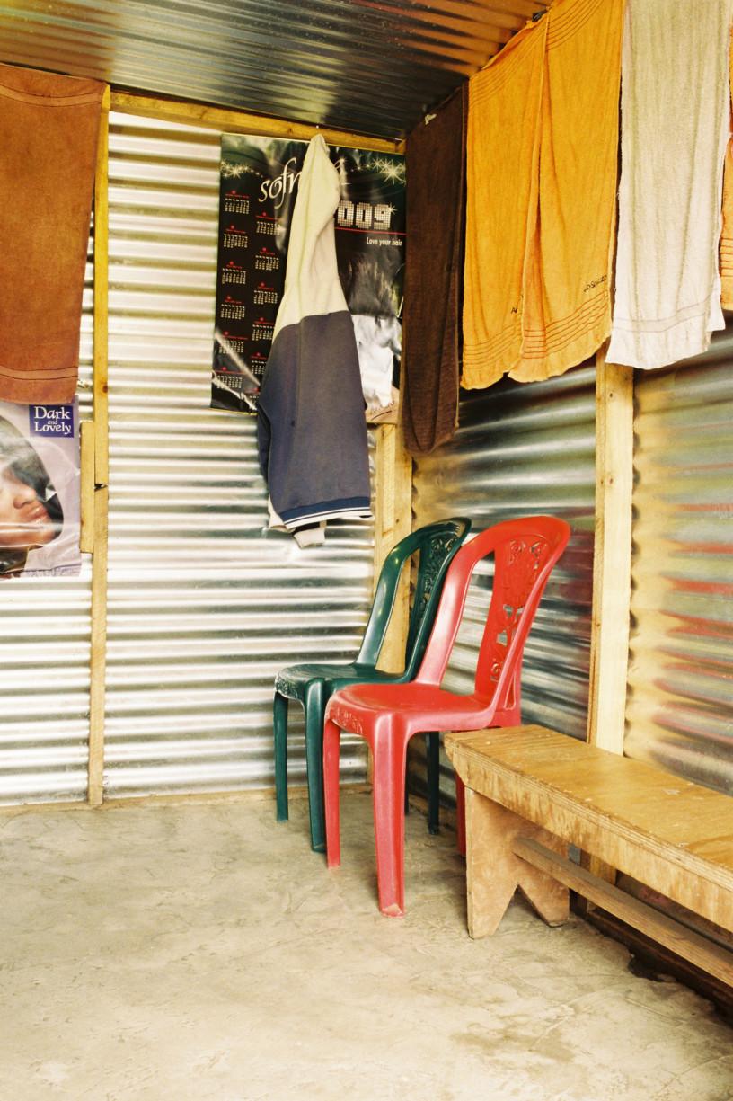 simonweller-barbershops-soweto7