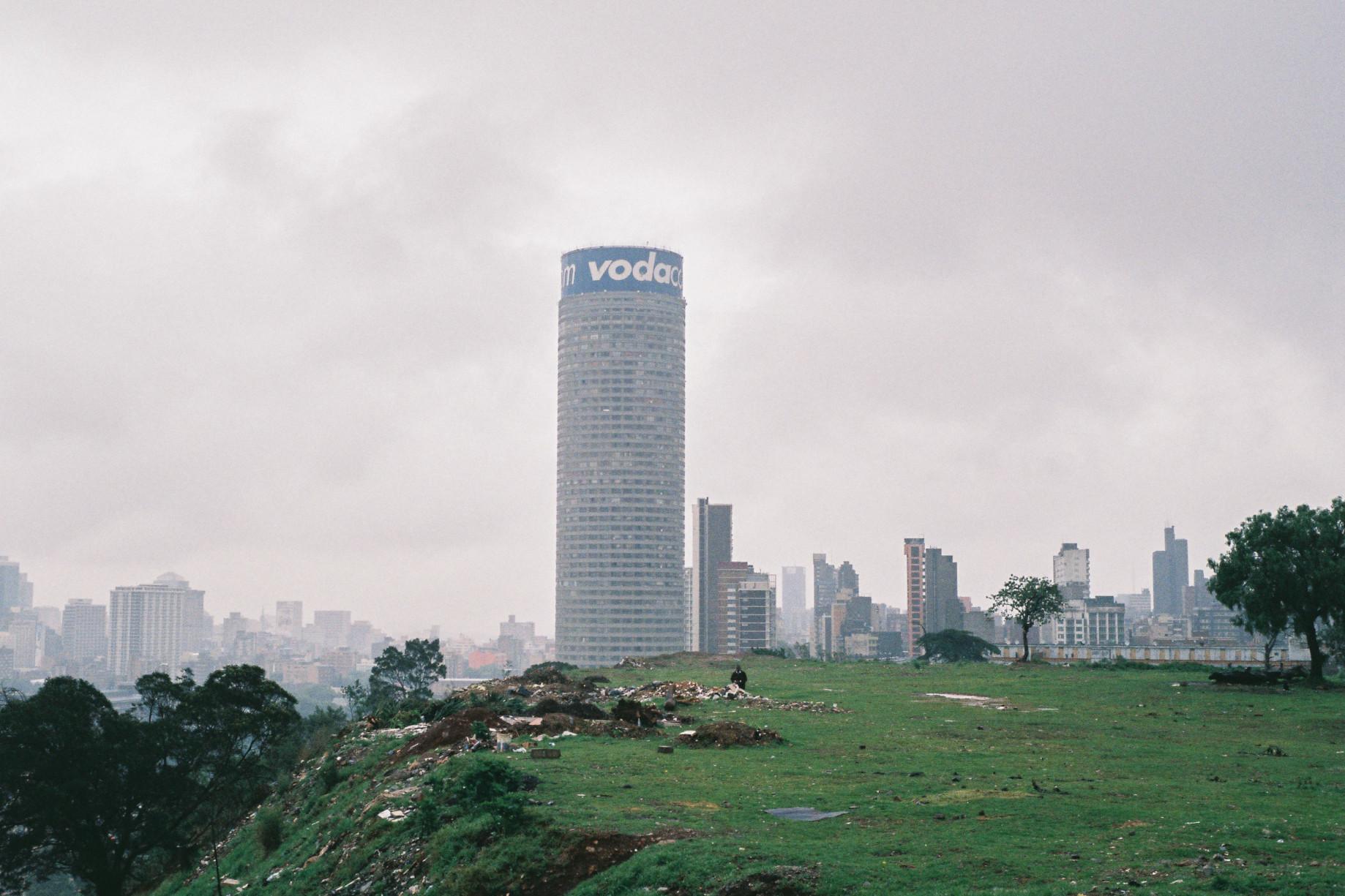 simonweller-downtownjozi-skyline