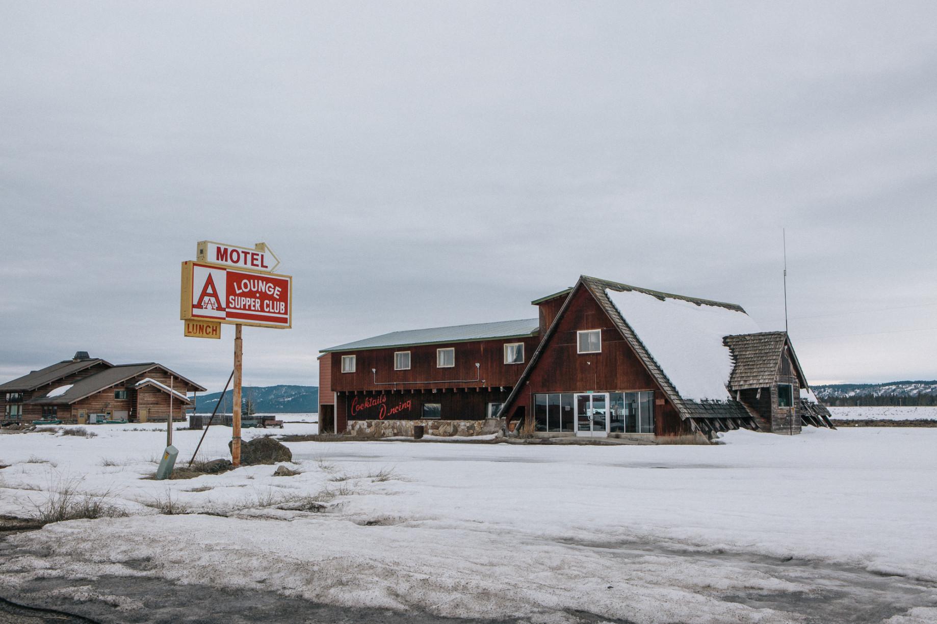 simonweller-frozenstates-lodge