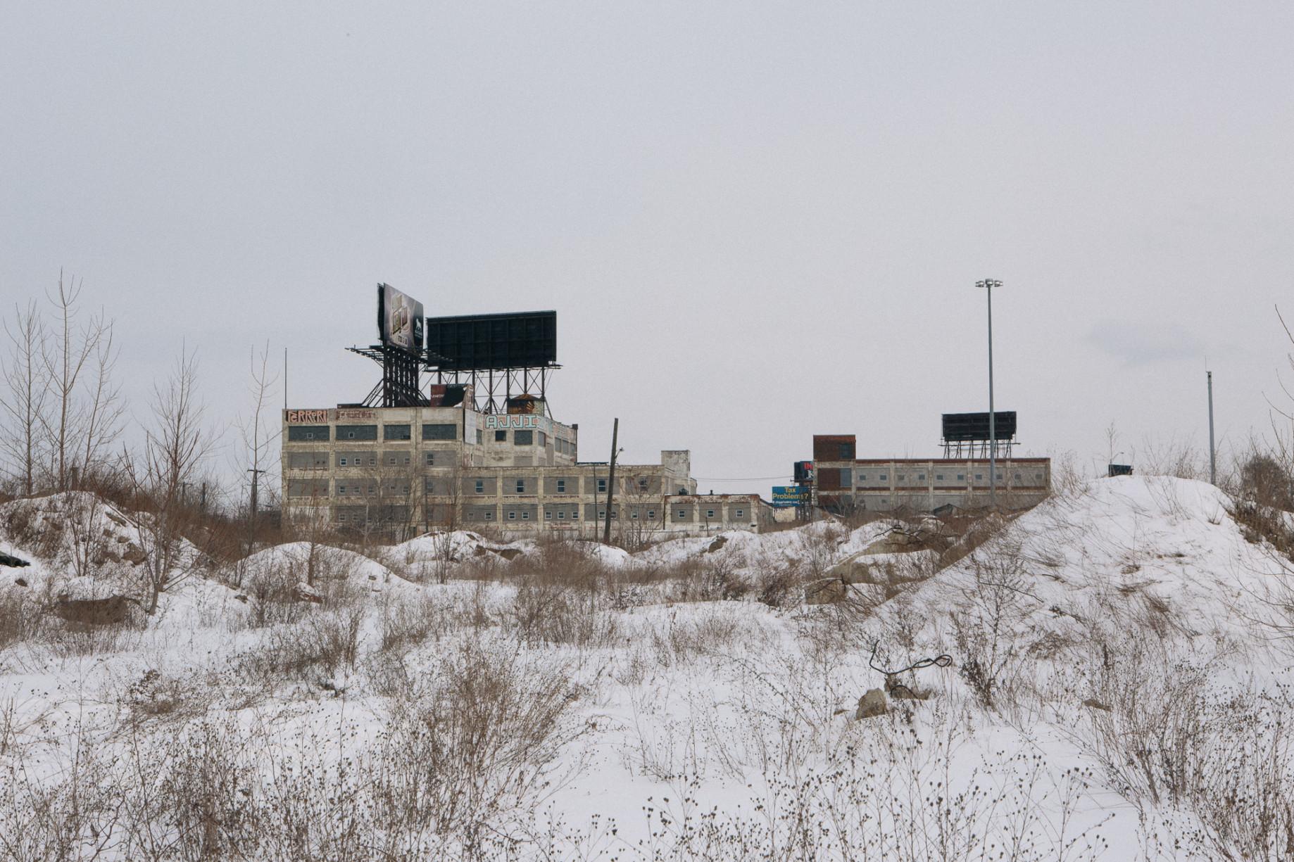 simonweller-frozenstates-wasteland