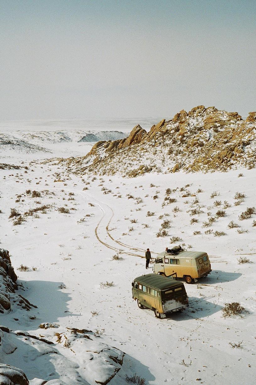 simonweller-mongolia-abovethevans