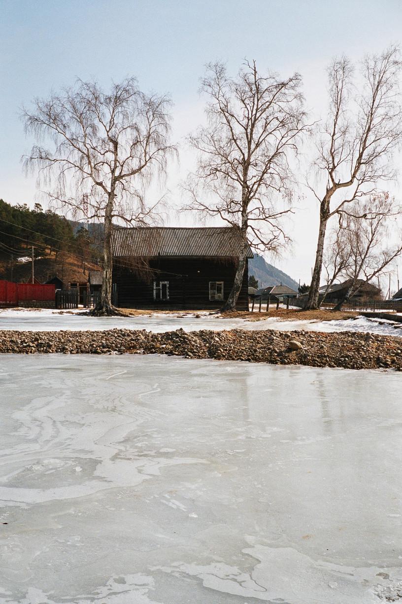 simonweller-siberia-cottage